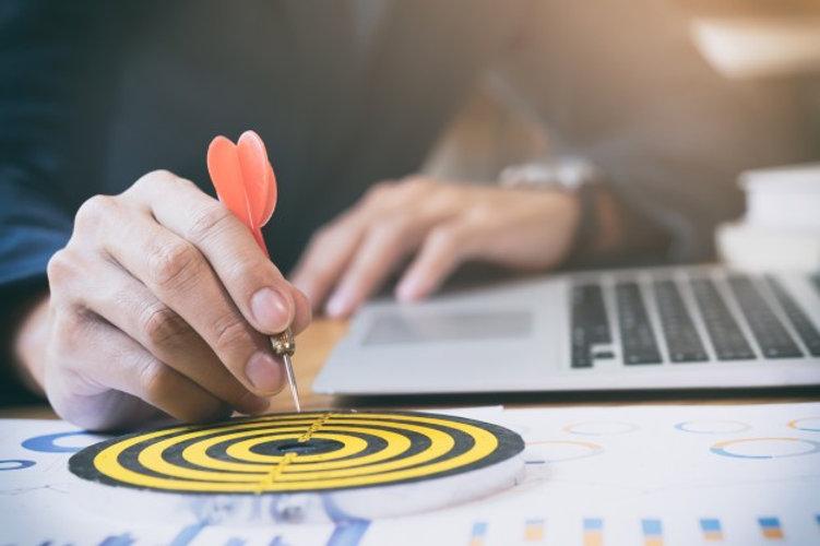 business-strategy-success-target-goals_1