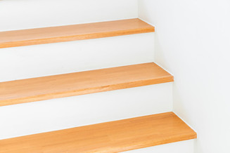 empty-architecture-stair-step_1339-96246