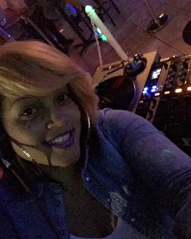 OUTCHEA!!! PULL UP! #CTRFRIDAYS #myDJisDIRTY
