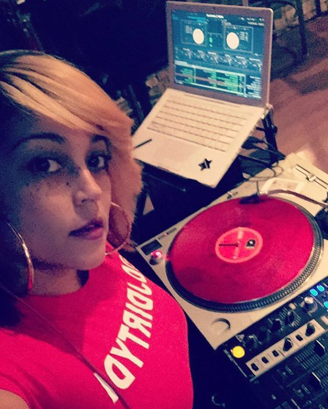 All set up! Pull up! #VersesandVibes #myDJisDIRTY