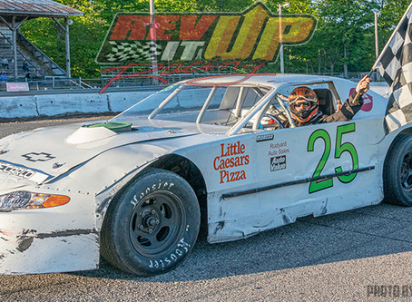 RESULTS;  Young Jr. produces 'clean-sweep' on Kinross Night 2