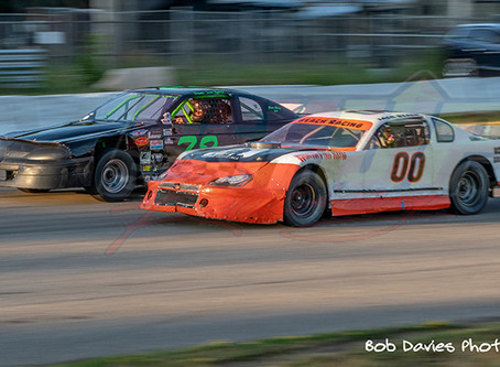 RESULTS;  Weather plays havoc, but doesn't stop Night #5 at the Speedpark