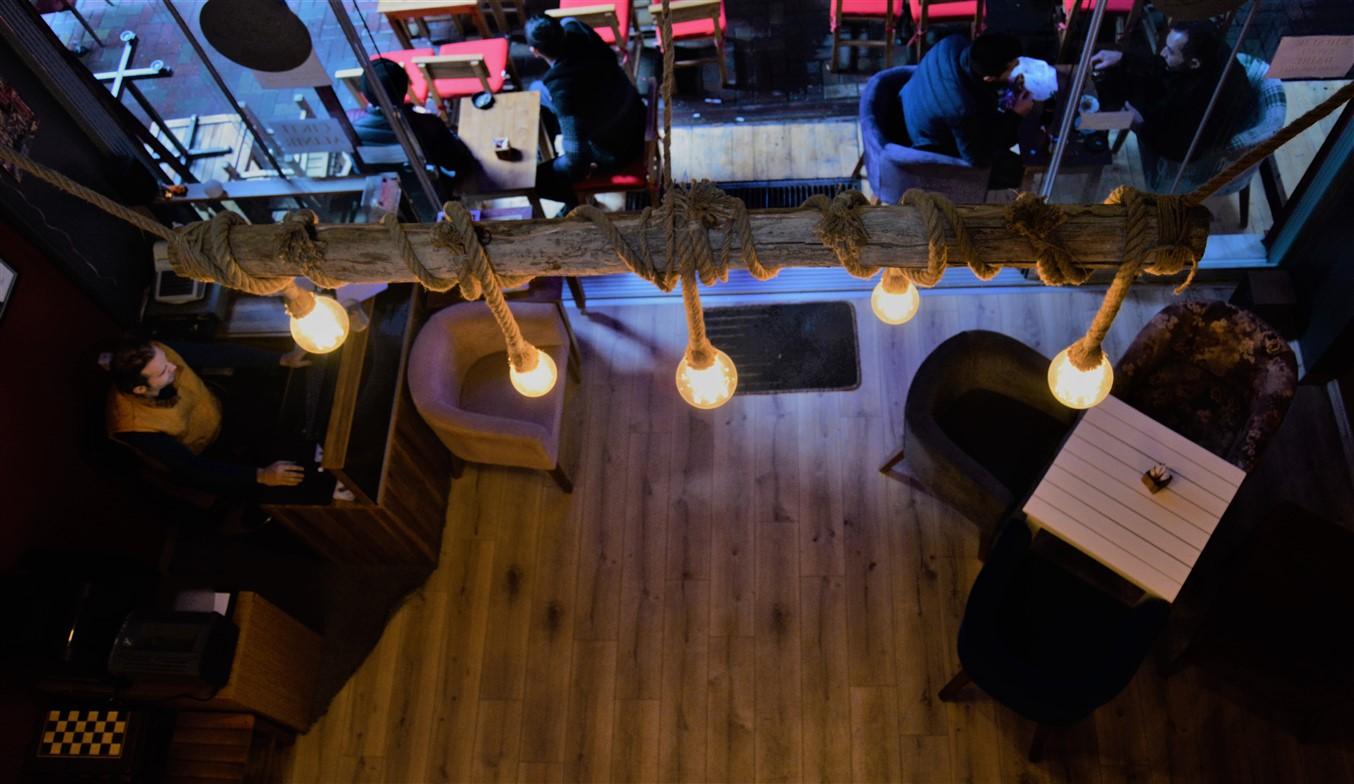 Cafe in (6)