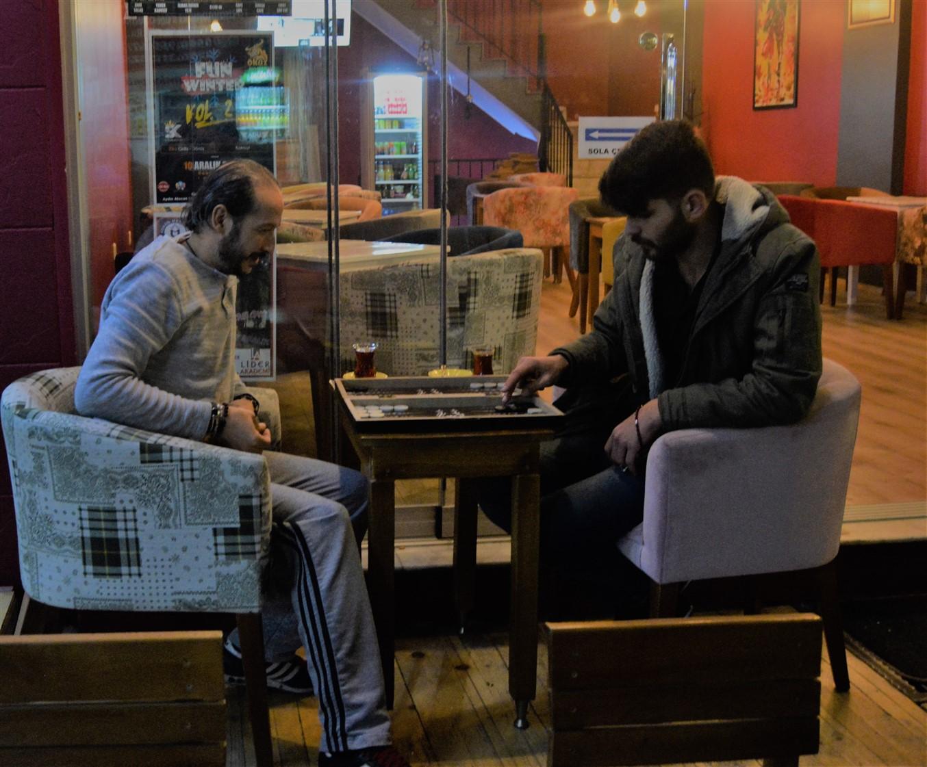 Cafe in (14)