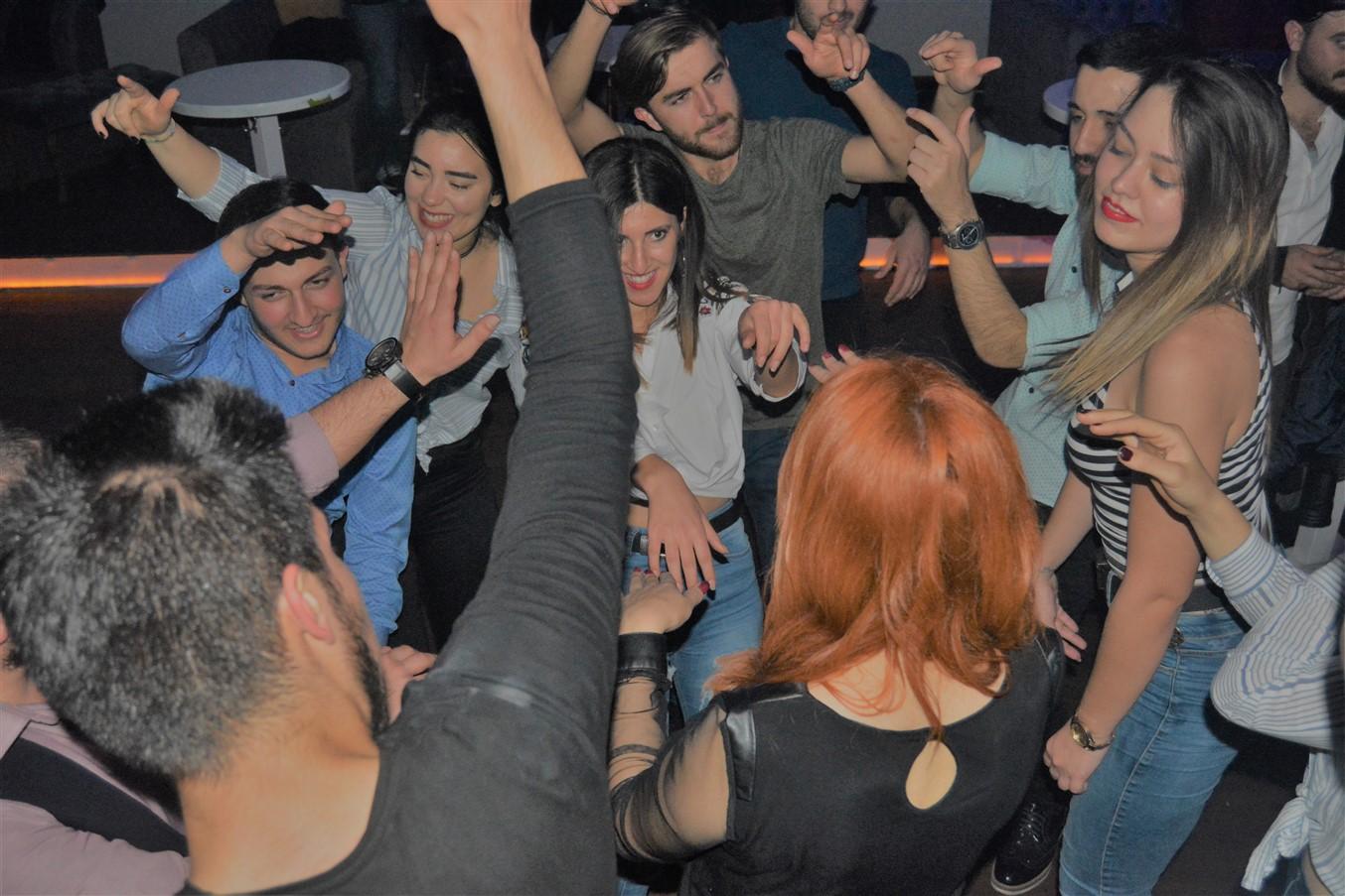 Şarlo Bar (77)