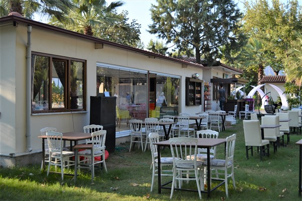 Palmiye Cafe Atça (27)