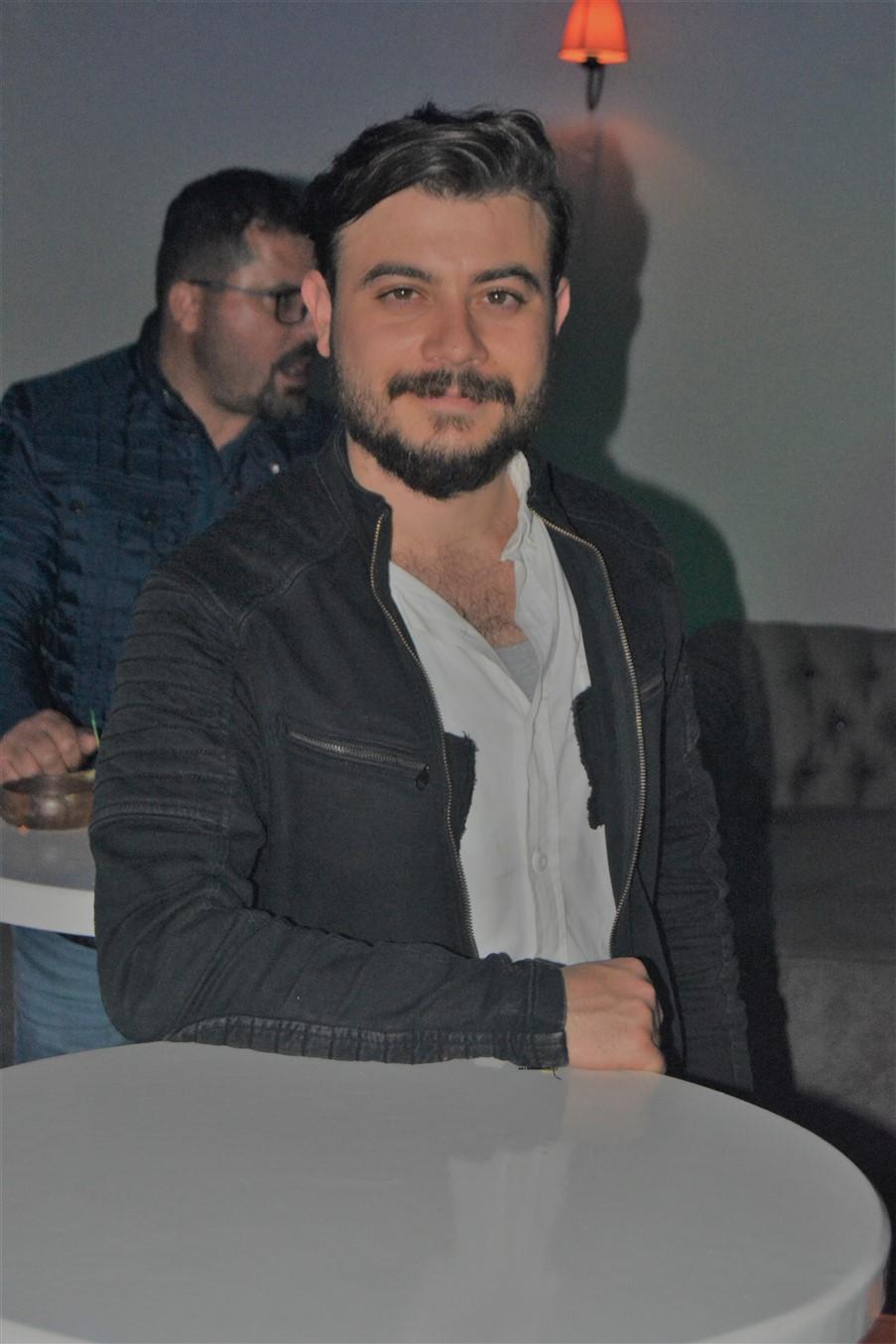 Şarlo Bar (66)