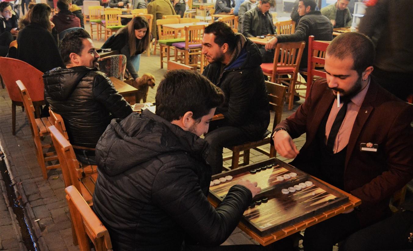 Cafe in (15)