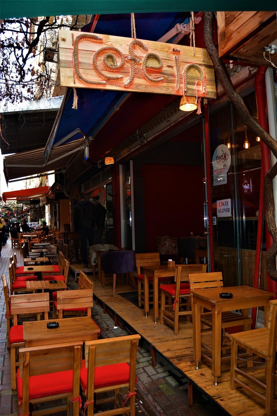 Cafe in (10)