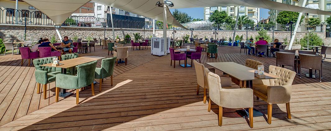 HANGAR Cafe & Restoran