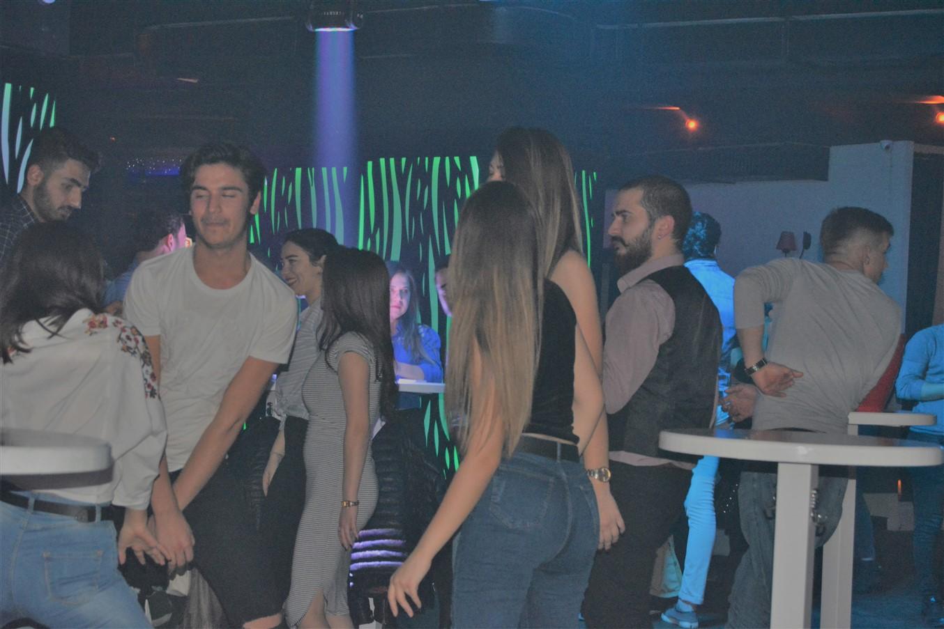 Şarlo Bar (70)