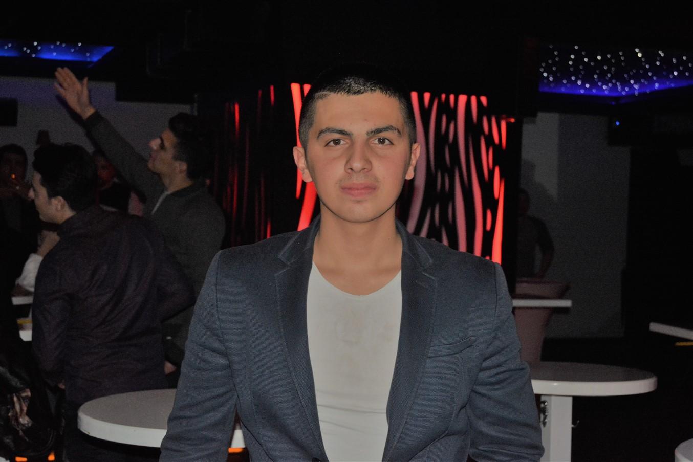 Şarlo Bar (81)