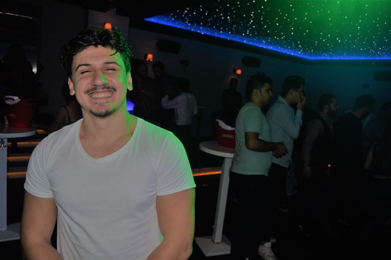Şarlo Bar (74)