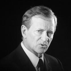 Francis Huster