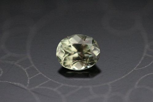 Saphir jaune-vert ovale -  0.99 carat - Madagascar