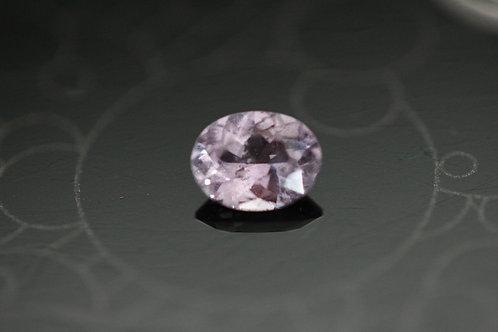 Saphir violet ovale - 0.75 carat - Madagascar