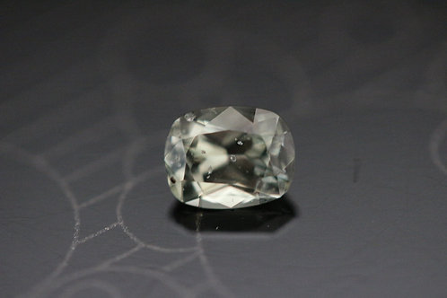 Saphir vert-jaune coussin -  1.09 carat - Madagascar
