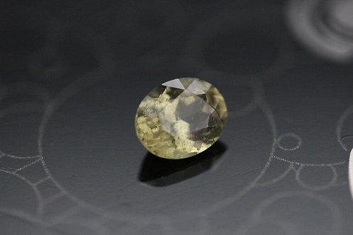 Saphir jaune-vert ovale -  1.43 carat - Madagascar