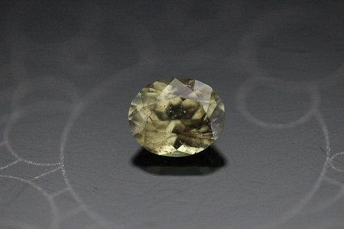 Saphir jaune-vert ovale -  0.95 carat - Madagascar