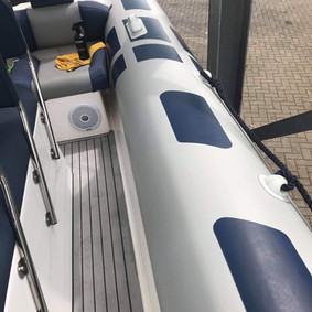 """Portsmouth RIB Charter's RIB """"Aquaholic"""""""
