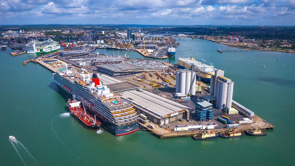 Southampton RIB Charter at The Eastern Docks