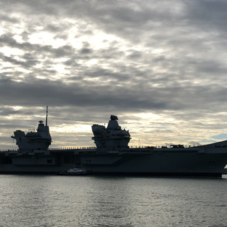 HMS Queen Elizabeth coming into Portsmouth Harbour