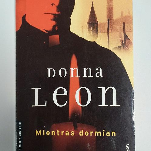 Mientras dormía ( Donna León )