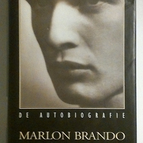 Marlon Brando (Robert Lindsey)