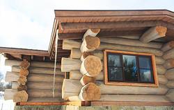 деревянный дом толстое бревно опыт