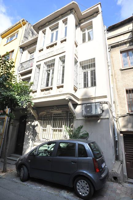 Taksim Building 2