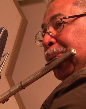 Justo Almario flute.jpg
