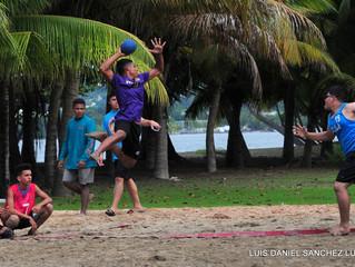 Por todo lo alto el Balonmano Playa Escolar