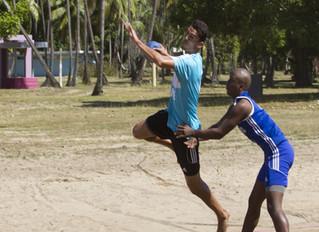 Universidad del Este y Universidad Metropolitana. Campeones del Balonmano Playa Universitario