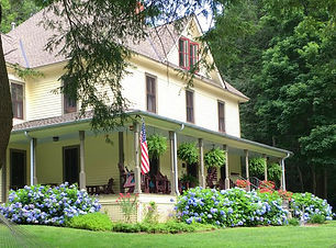 Buck House Inn