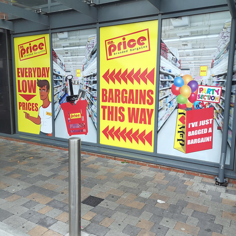 Mr Price This Way Signs