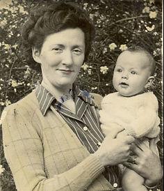 Mum's Album 2.jpg