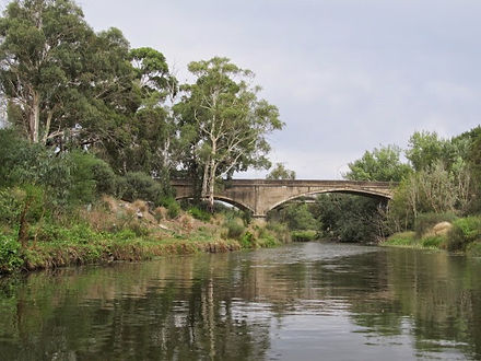 Old Monier bridge at Fyansford with the