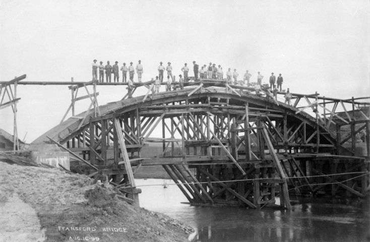 1 Fyansford bridge under construction 18