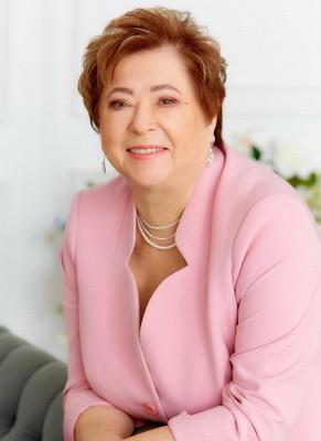 """Vakhnina and Partners"" congratulates the Head of Patent Department Dr. Elena Utkina on ju"
