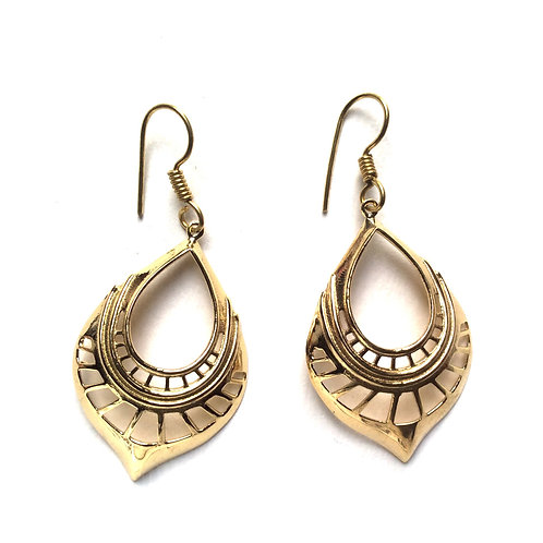 Curved Cut Out Earrings