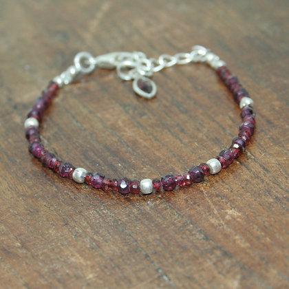 Faceted Garnet and Indian Silver Beaded Bracelet