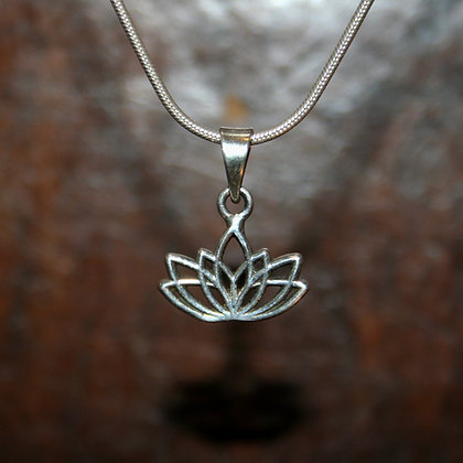Lotus Flower Pendant - 7 Petals