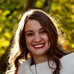 Brooke Bednar headshot.jpg