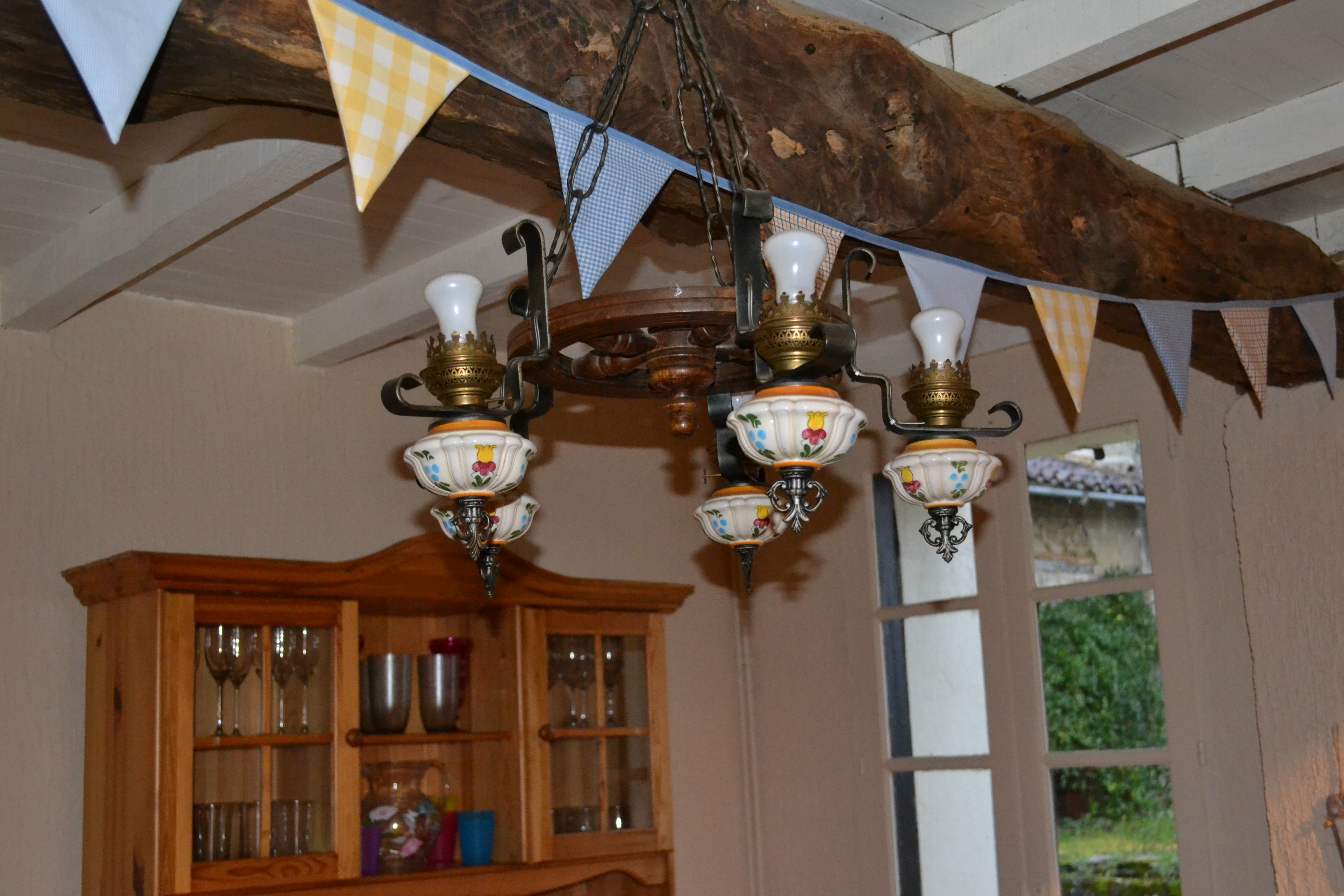 French lights in breakfast room