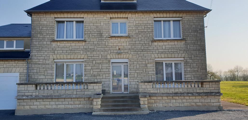 AVANT Ravalement - Gonneville-en-Auge