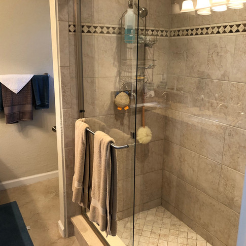 Clean Shower in Mims - Padegenis Cleanin