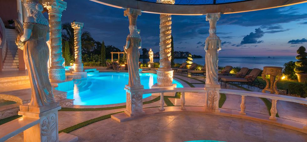 Roman-Swimming-Pool-Statues-Port-Ritchey-web-4179.jpg
