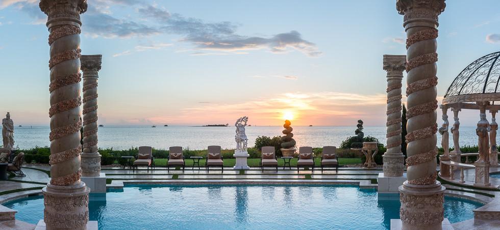 Roman-Swimming-Pool-Statues-Port-Ritchey-web-2.jpg