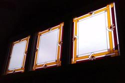 Interlocking Border Windows