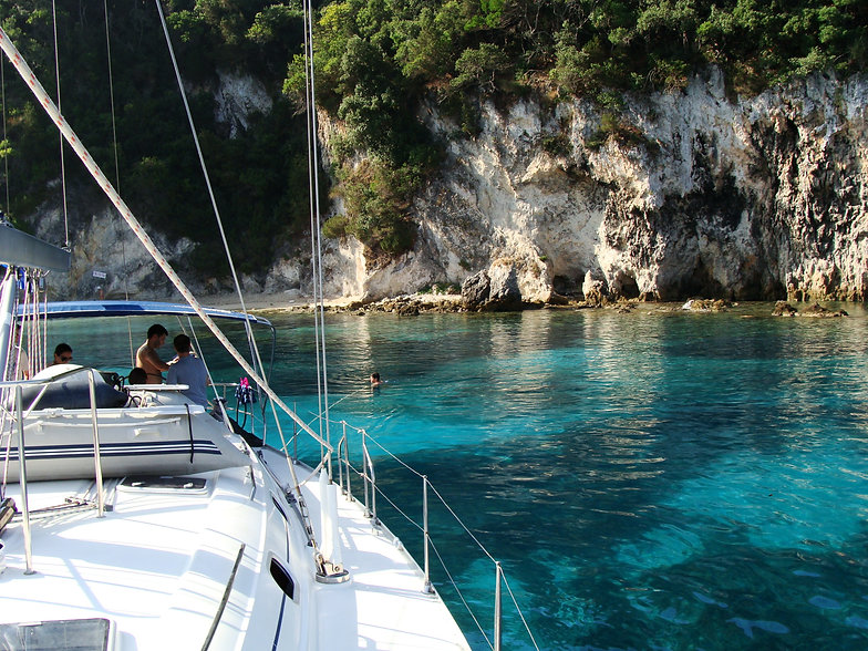 Sailing holidays in Greece with Greek Yachts sailing boats Beneteau Oceanis based in marina Alimos